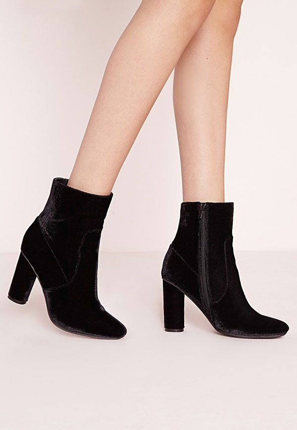 Giay boots nhung day keo